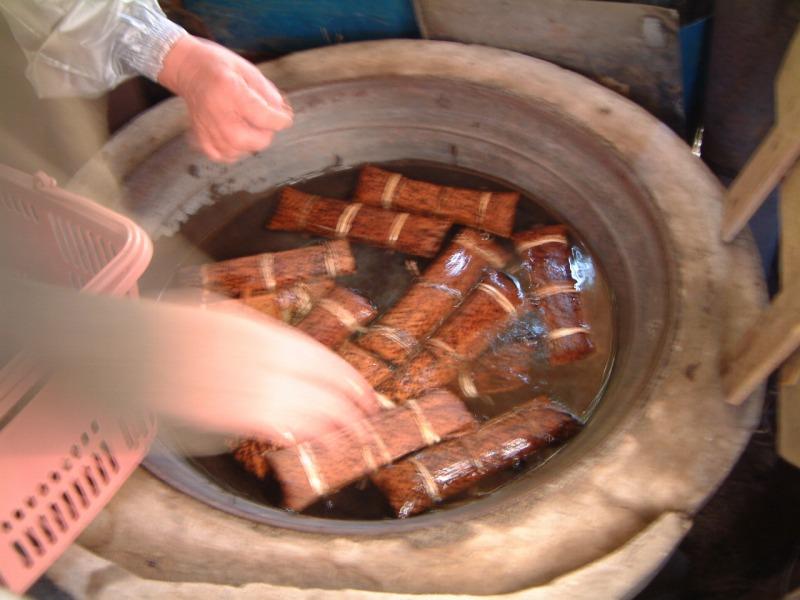 鹿児島・宮崎南部の郷土料理「あくまきの作り方」とおいしい食べ方