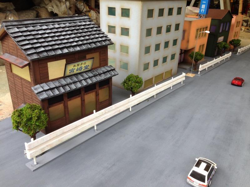 簡単 ジオラマの作り方『建物』『樹木』素材と質感の出し方一挙公開!